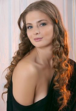 Развратная и пошлая девушка ищет парня в Тольятти