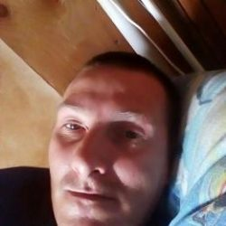 Реальный секс Молодой парень ищет девушку в Тольятти