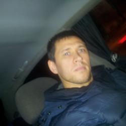Парень из Твери скучает, ищет для секса девушку